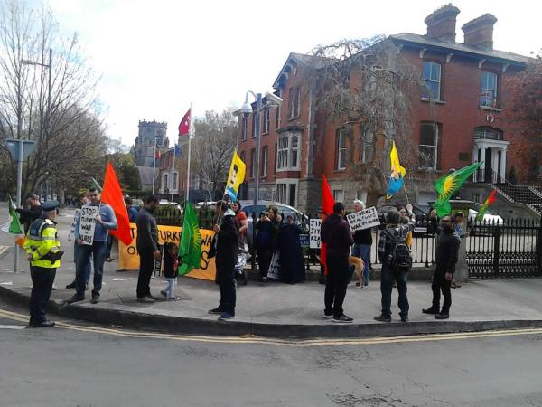Kurdish solidarity picket of Turkish embassy in Dublin